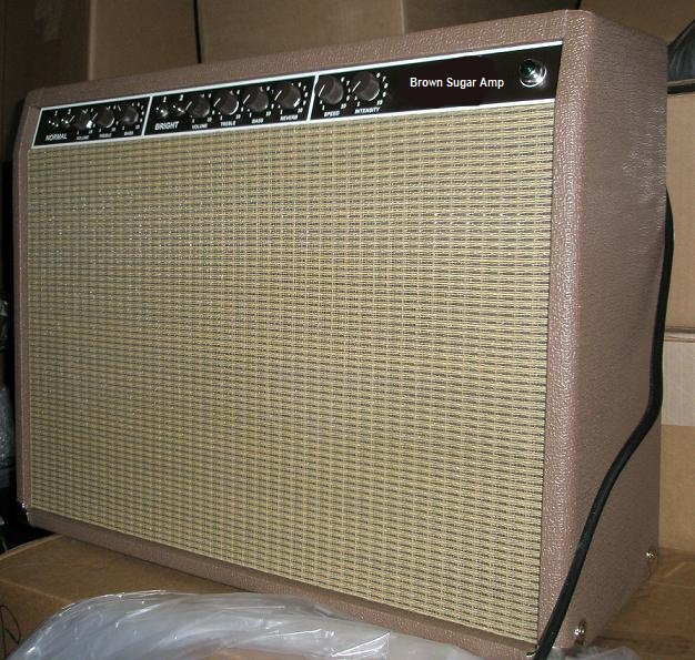 Brown 63 VV Reverb 210 Combo Replica